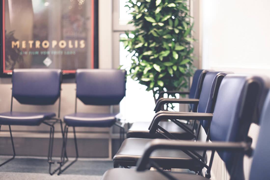 Orthopädie Wannsee - Harbrecht - Wartebereich unserer Praxis